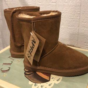 Child's Apres Lamo Boots